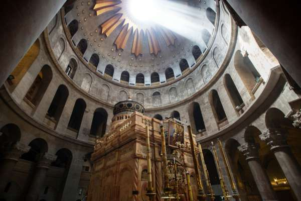 church of the holy sepulchre closed indefinitely CNA Staff, Mar 30, 2020 / 02:30 pm (CNA).- The Church of the Holy Sepulchre will remain closed until further notice. It isthe first time in nearly 700 years that the holy site has closed for an extended period due to disease.