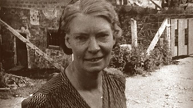 the radical and orthodox faith of dorothy day As someone who is involved in the Catholic Worker movement, I am always on the lookout for new texts on the life and work of Dorothy Day, even though a certain redundancy has begun to creep into the secondary literature that has gotten more than a bit tiresome.