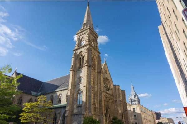 buffalo diocese cuts off all financial support for accused priests Washington, D.C. Newsroom, Apr 29, 2020 / 01:32 pm (CNA).- During its bankruptcy process, the Diocese of Buffalo has announced it will end financial support and health benefits for priests facing substantiated allegations of sexual abuse.