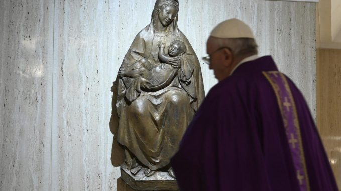 pope prays for those helping to solve problems caused by covid 19 By Vatican News