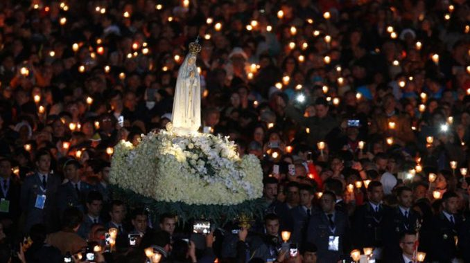 """fatima ideology and the vaticans homosexual crisis In 1917, during one of Our Lady's apparitions at Fatima, the three shepherd children were given a vision of Hell. Our Lady warned that if people didn't stop offending God then another war would come. In reparation, Our Lady asked """"for the consecration of Russia to my Immaculate Heart, and the Communion of reparation on the First Saturdays."""" She added, """"If my requests are heeded, Russia will be converted, and there will be peace; if not, she will spread her errors throughout the world, causing wars and persecutions of the Church."""""""