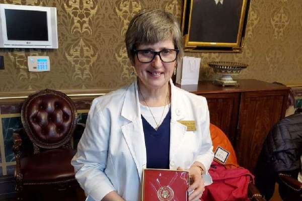 senior nurse says prayer life is essential during covid 19 crisis Washington, D.C. Newsroom, May 7, 2020 / 10:48 am (CNA).- A Catholic nurse said the coronavirus pandemic has presented challenges she has never encountered before—and that a prayer life is critical to get her through her shift.