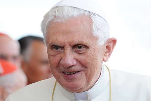 benedict xvi to pray at his familys gravesite in germany CNA Staff, Jun 20, 2020 / 08:24 am (CNA).- Pope emeritus Benedict XVI will visit his family's gravesite and his former home in Pentling, Germany, in the afternoon on Saturday.