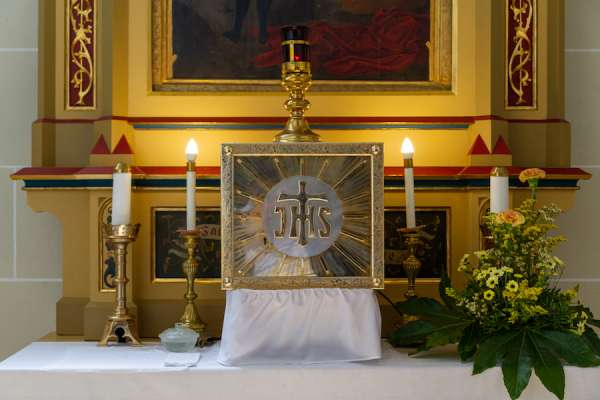 eucharist and tabernacle stolen from north carolina catholic church Washington, D.C. Newsroom, Jun 18, 2020 / 02:18 pm (CNA).- Police are appealing to the public for help and a parish is requesting prayers after a tabernacle containing the Eucharist was stolen from a church in Boone, North Carolina on June 16.
