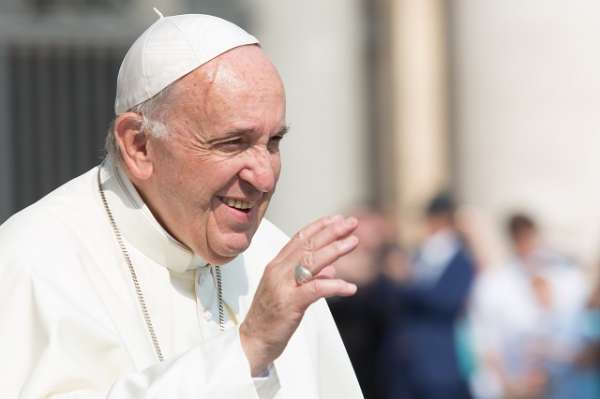 pope francis starts fund of 1 million euros for romes unemployed after coronavirus Vatican City, Jun 9, 2020 / 09:30 am (CNA).- As Bishop of Rome, Pope Francis has started a fund with 1 million euros ($1.1 million) to help those in the Diocese of Rome who are facing economic difficulty because of the coronavirus.