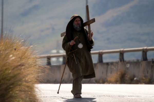 catholic hermit is full of hope after 40 day fast for humanity Rome Newsroom, Jul 15, 2020 / 07:50 am (CNA).- A lay missionary who was fasting for 40 days in a cave outside Palermo, Italy, says he is returning to his community to share a message of peace and hope with a troubled humanity.
