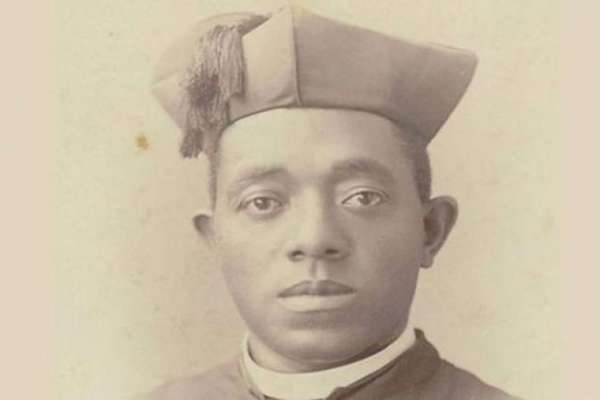 catholics hold pilgrimage to grave of venerable augustus tolton first african american priest Denver Newsroom, Jul 12, 2020 / 03:01 pm (CNA).- The fourth annual Quincy pilgrimage honoring Venerable Augustus Tolton, the first African-American priest, took place Thursday with the intention of overcoming racism.