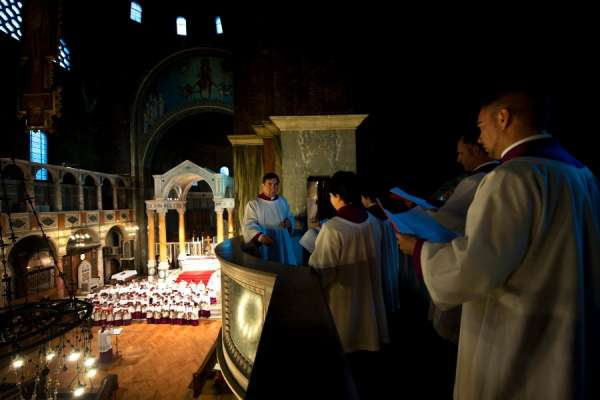 the situation is truly dreadful church choirs struggle to survive pandemic CNA Staff, Jul 14, 2020 / 07:00 am (CNA).- Musicians in England are warning that the coronavirus pandemic is likely to inflict lasting damage on the country's church choirs.