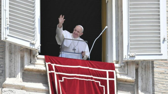 pope at angelus eucharist provides strength to care for others By Devin Watkins