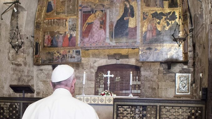 pope francis urges everyone to obtain pardon of assisi By Devin Watkins