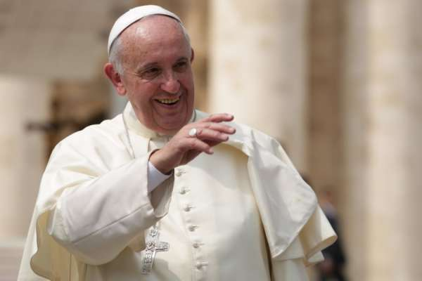 pope francis makes surprise donation to struggling poultry workers CNA Staff, Sep 19, 2020 / 04:00 am (CNA).- Pope Francis has made a surprise donation to struggling poultry workers in Italy.