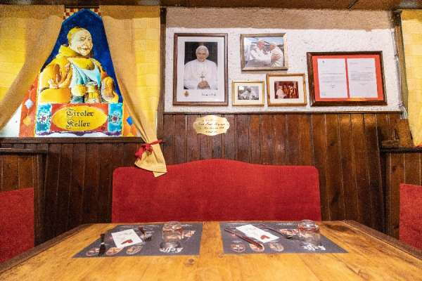 """flavors of home benedict xvis favorite restaurant in rome Rome, Italy, Oct 3, 2020 / 04:00 am (CNA).- """"I never thought he would be made pope,"""" said Mario Notari, speaking about Pope Emeritus Benedict XVI."""