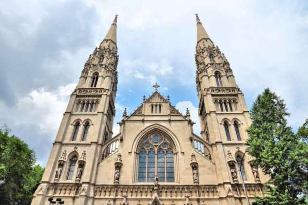diocese of pittsburgh announces its third round of parish mergers CNA Staff, Nov 30, 2020 / 06:08 pm (CNA).- The Diocese of Pittsburgh has announced that it will initiate its third round of parish mergers early next year, reducing its current 107 parishes to 81.