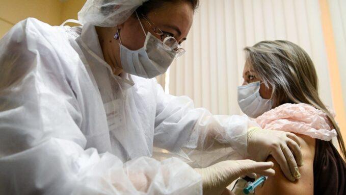 russia launching coronavirus vaccine despite controversy By Stefan J. Bos