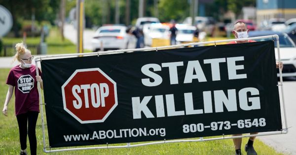 catholic leader sees growing support for ending death penalty in virginia Richmond, Va. — The executive director of the Virginia Catholic Conference, the public policy arm of the state's bishops, said he was pleased bipartisan support is growing for ending Virginia's death penalty.