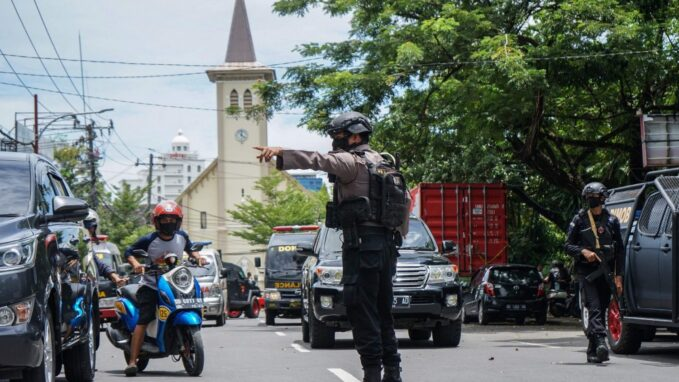 church leaders decry indonesia bomb attack on palm sunday By Lisa Zengarini
