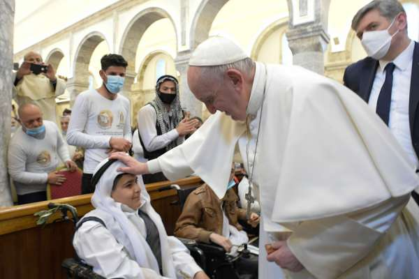 iraqi cardinal pope francis gave 350000 for poor during iraq trip Rome Newsroom, Mar 31, 2021 / 12:00 pm (CNA).- During his recent visit to Iraq, Pope Francis gave a donation of $350,000 to the Chaldean Catholic Church to support local families affected by conflict and the pandemic.