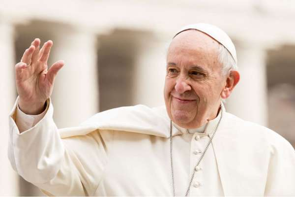 many are being devoured pope francis highlights rise in climate caused migration Vatican City, Mar 30, 2021 / 08:00 am (CNA).- Pope Francis has highlighted the plight of people forced from their homes due to the climate crisis, calling on Catholics to respond with selflessness and charity.