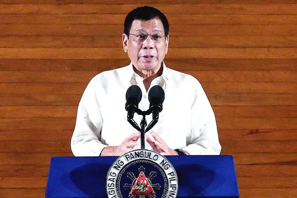 philippine president threatens to close catholic churches that hold public masses CNA Staff, Mar 24, 2021 / 06:00 pm (CNA).- A spokesperson for Rodrigo Duterte, president of the Philippines, said the government will force local churches to close if priests hold public Masses in defiance of public health orders. A local bishop, however, has argued that Masses held at low capacity are a safe way to maintain public worship, especially during Holy Week and Easter.