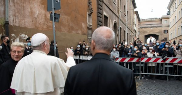 pope calls all catholics to be missionaries of gods mercy Rome — Like the disciples, who experienced Jesus' divine mercy after the resurrection, all Christians are called to become missionaries, sharing the Gospel of God's love and mercy with others, Pope Francis said.