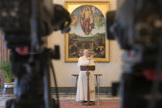 pope francis at the regina coeli never tire of seeking the risen christ Speaking before the recitation of the Regina Coeli April 5, the pope noted that Easter Monday is known in Italy as Lunedì dell'Angelo, or the Monday of the Angel.