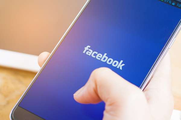 report analyzes religious groups risks of internet de platforming calls for action CNA Staff, Mar 31, 2021 / 03:01 pm (CNA).- Religious groups that speak on controversial topics are at risk of being removed from social media platforms and need to prepare, a legal education group says.