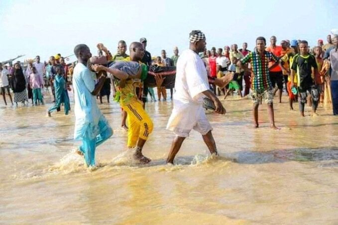 nigeria scores feared dead as boat capsizes with over 160 on board By Vatican News staff writer