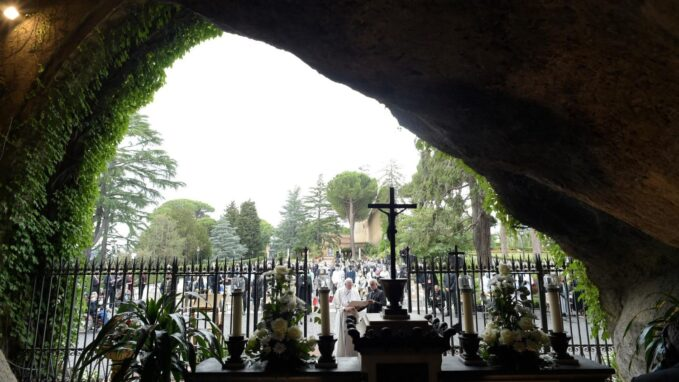 pope to conclude marathon of prayer with rosary in vatican gardens By Christopher Wells
